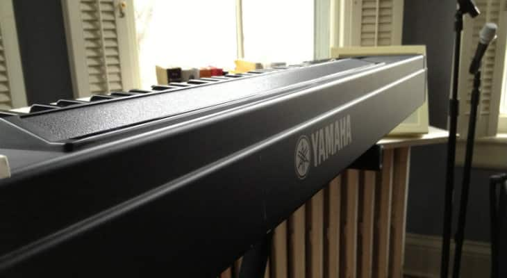 Piano Keyboard Yamaha