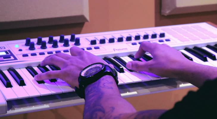 keyboards the feel like real pianos